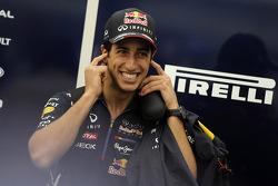 Budapest Street Parade, Daniel Ricciardo, Red Bull Racing RB10