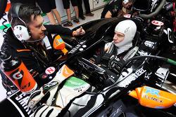 Nico Hulkenberg, Sahara Force India F1 VJM07 with Bradley Joyce, Sahara Force India F1 Race Engineer