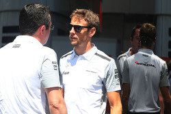 Eric Boullier, McLaren F1 Team  and Jenson Button, McLaren F1 Team