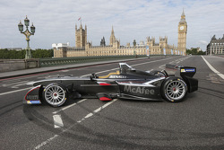 FORMULA-E: Formula E cars take over downtown London