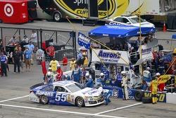 NASCAR-CUP: Brian Vickers, Michael Waltrip Racing Toyota