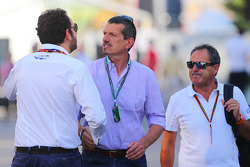 Guenther Steiner, Haas F1 Team Prinicipal, with Matteo Bonciani, FIA Media Delegate