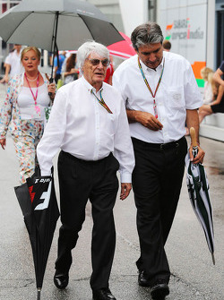 Bernie Ecclestone, with Pasquale Lattuneddu, of the FOM