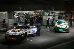 BMW Sports Trophy Team Marc VDS garage