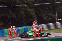 F1: Marcus Ericsson, Caterham CT05 crashed out of the race