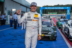 Pole winner Robert Wickens, HWA DTM Mercedes AMG C-Coupé
