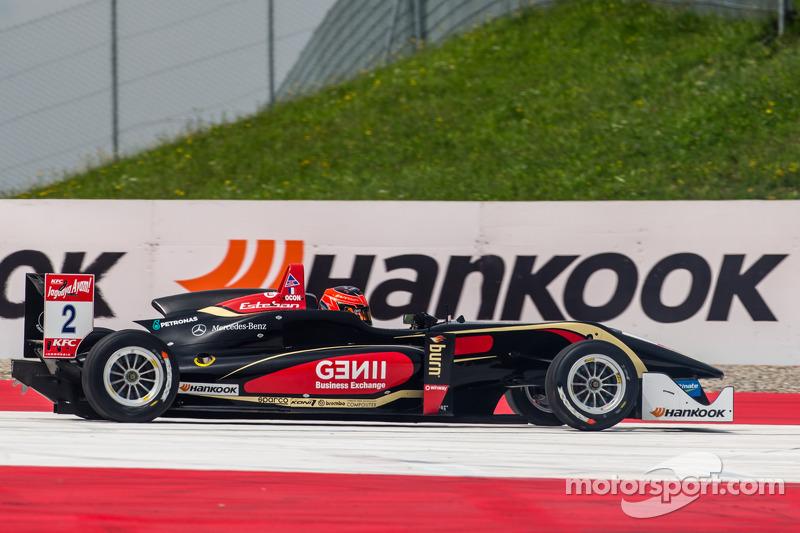Esteban Ocon, Prema Powerteam Dallara F312 Mercedes retires