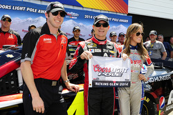 Polesitter Jeff Gordon, Hendrick Motorsports Chevrolet and crew chief Alan Gustafson