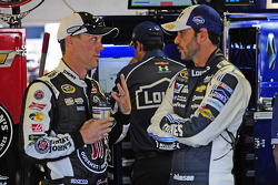 Kevin Harvick, Stewart-Haas Racing Chevrolet and Jimmie Johnson, Hendrick Motorsports Chevrolet