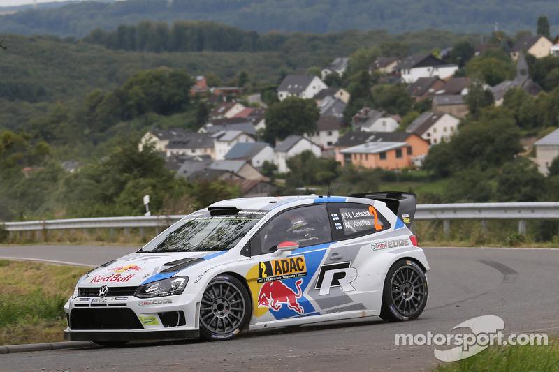 [Officiel] Bilan Saison 3 Wrc-rally-germany-2014-jari-matti-latvala-and-miikka-anttila-volkswagen-polo-wrc-volkswage