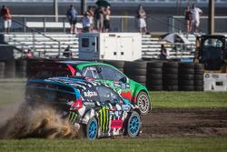 #77 Volkswagen Andretti Rallycross Volkswagen Polo: Scott Speed, #43 Hoonigan Racing Division Ford Fiesta ST: Ken Block
