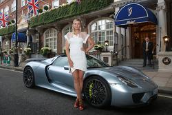 Maria Sharapova with the Porsche 918 Spyder