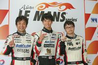GT class polesitters Lam Yu, Takeshi Tsuchiya, Takamitsu Matsui