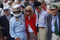Jackie Stewart and old mechanics reunites