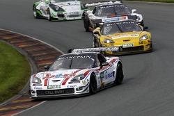 #1 Callaway Competition 雪佛兰克尔维特 Z06.R GT3: 丹尼尔·凯尔维茨, 安德利亚斯·维尔特