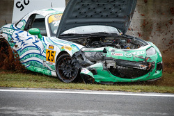 Crash for #25 Freedom Autosport Maxda MX-5: Mat Pombo, Mark Pombo
