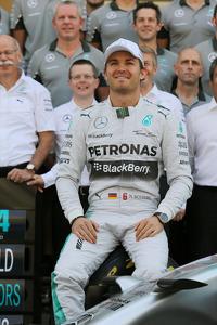 Nico Rosberg, Mercedes AMG F1 at a team photograph