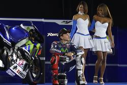 Jorge Lorenzo, Yamaha Factory Racing with lovely Yamaha girls