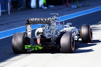 Daniel Ricciardo, Red Bull Racing RB11 with flow-vis paint on the rear diffuser
