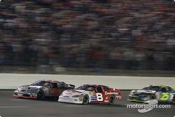Robby Gordon battles with Dale Earnhardt Jr.