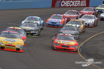 Restart: Elliott Sadler and Bobby Hamilton Jr. lead the field