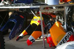 KTM team testing: body parts of KTM Repsol Red Bull bike