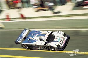 #22 SARD Toyota 93C: Roland Ratzenberger, Mauro Martini, Naoki Nagasaka