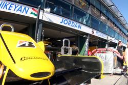 Jordan garage area