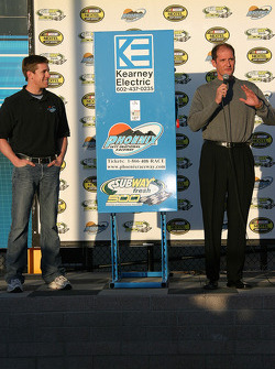 Carl Edwards and PIR president Bryan Sperber at the lighting ceremony