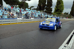 Renault Clio demo run