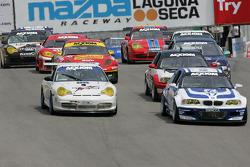 GT class start the race