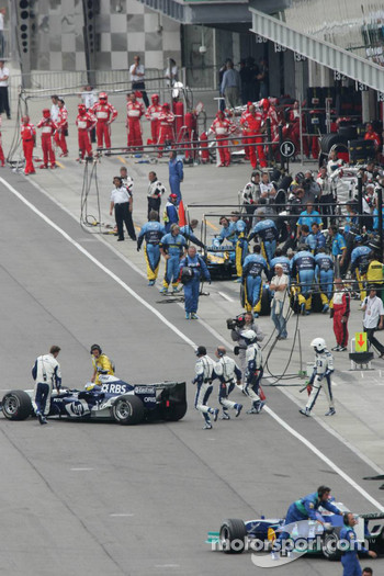 Michelin teams abandon the race