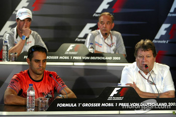 Press conference: Juan Pablo Montoya, Norbert Haug, Ralf Schumacher and John Howett