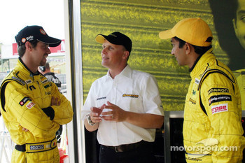 Johnny Herbert, the new sporting relations manager for Jordan, with Tiago Monteiro and Narain Karthikeyan