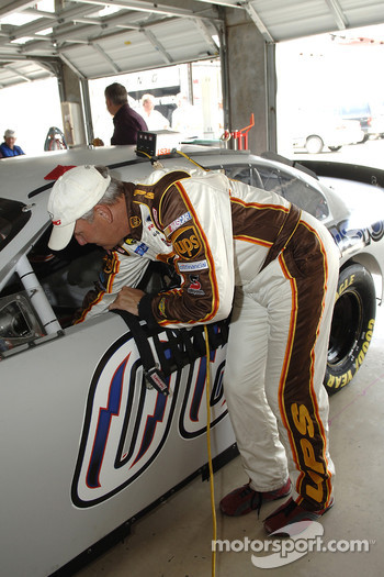 Dale Jarrett prepares to make the first track run in the 2006 Ford Fusion