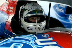 Allan McNish in the #4 Team Oreca Audi Audi R8