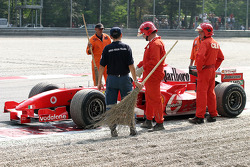 The Ferrari of Felipe Massa stopped on the track