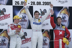 Podium: race winner Gary Paffett with Mattias Ekström and Heinz-Harald Frentzen