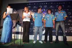 Leigh McKenzie, Nani Rodriguez and Renault F1 Drivers Giancarlo Fisichella, Fernando Alonso and Franck Montagny