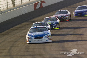 Mark Martin takes over the lead