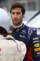Daniel Ricciardo, Red Bull Racing stops on the circuit