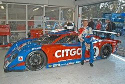 Andy Wallace sitting on his car
