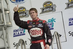 Drivers introduction: Carl Edwards