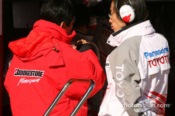Toyota and Bridgestone engineers