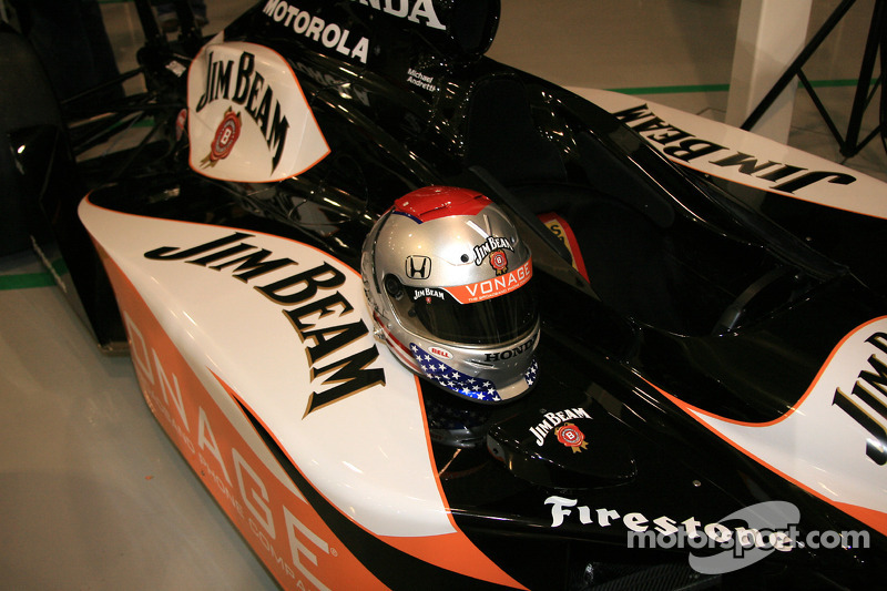 Michael Andretti's distinctive helmet with the new Jim Beam Vonage colors on his Dallara Honda Firestone ride for the 90th Indianapolis 500