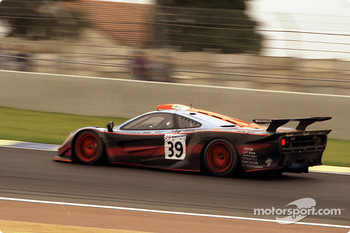 #39 Gulf Team Davidoff McLaren F1 GTR BMW: Ray Bellm, Andrew Gilbert-Scott, Masanori Sekiya