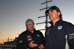 Andreas Schulz and Carlos Sainz wait for the ferry