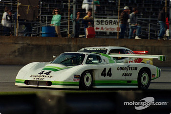 #44 Group 44 Jaguar XJR-7: Hurley Haywood, Whitney Ganz, Bob Tullius