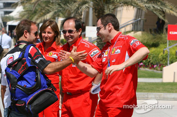 Rubens Barrichello meets his former mechanics at Ferrari