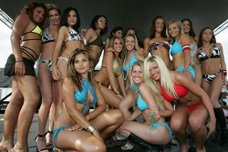Swimsuit contest: the lovely contestants